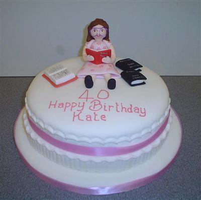 bookworm-birthday-girl