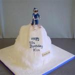 ski-jump-cake