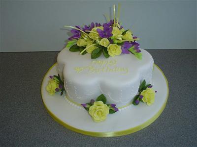 yellow-rose-cake