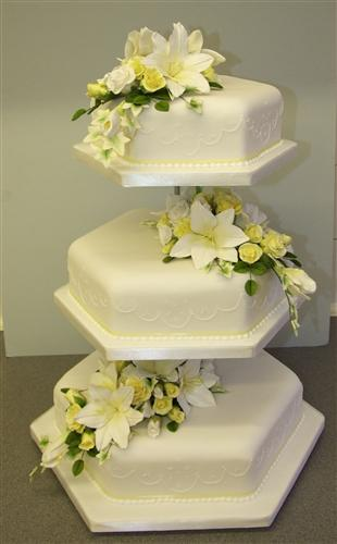 3-tier-hex-with-white-and-yellow-flowers