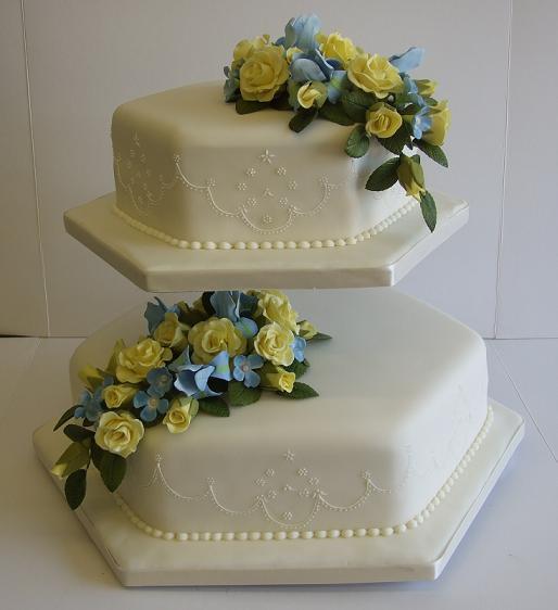 paulas-wedding-cake