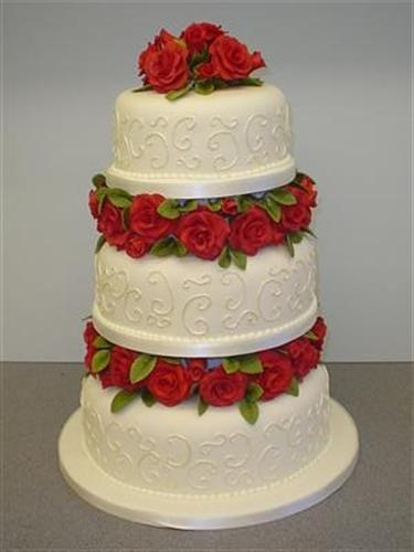 three-tier-red-roses-and-swirls