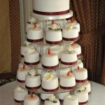 individual-cakes-with-a-top-tier